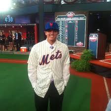 Mets first round pick Gavin Cecchini