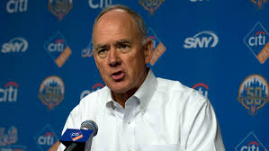 Sandy Alderson continues to sit on his hands while his team continues to lose ground
